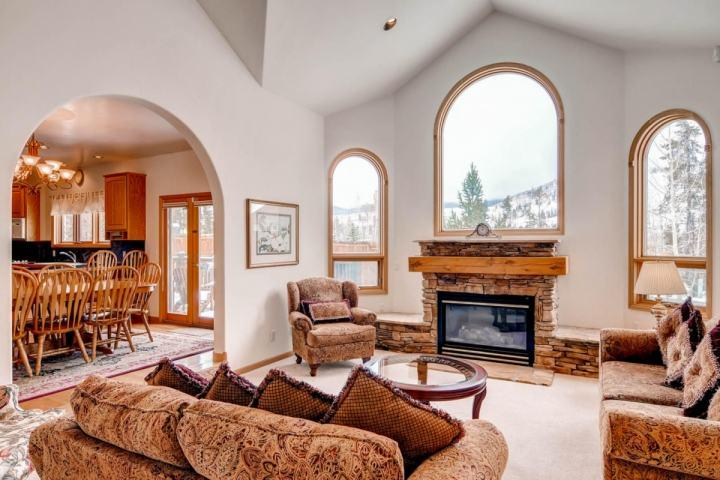Fairview Manor:3500 sq ft of Open, Gracious Living, Gorgeous Views-Huge Windows on Free Shuttle Rt - Image 1 - Breckenridge - rentals