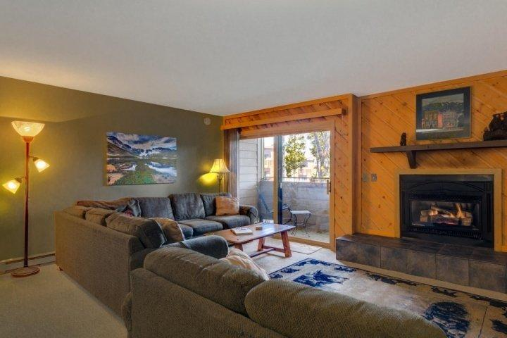 Great Room-Fireplace/attached Balcony...Convertible Couches sleep 4 more! - Sundowner II-VERY lrg 2 Bdrs Sleeps 8-150 yds from Main Street, Pool, & Lift! - Breckenridge - rentals