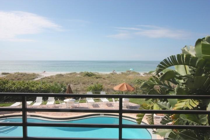 Private Balcony with Seating for 4-6 Overlooking the Amazing Gulf of Mexico - 102 Pier House - Indian Rocks Beach - rentals