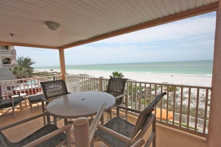 205 Casa de Playa - Image 1 - Indian Rocks Beach - rentals