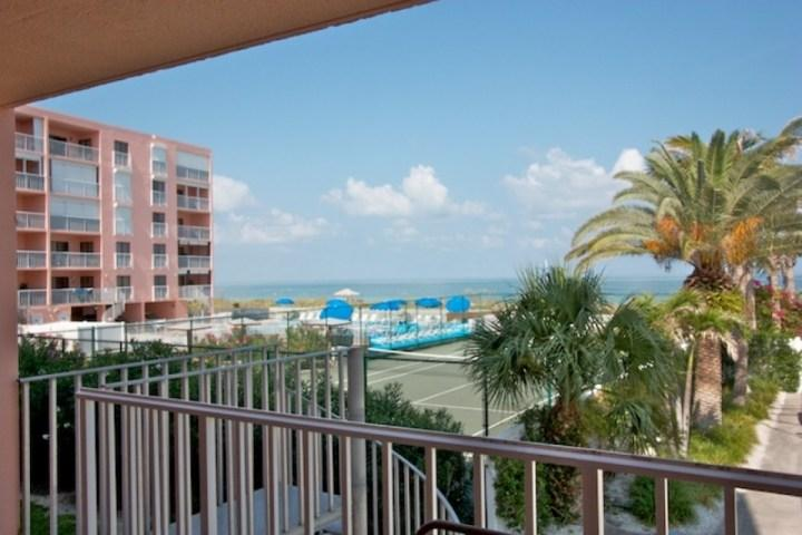 Private Balcony with Amazing view of The Gulf of Mexico - 111 Reef Club - Indian Rocks Beach - rentals
