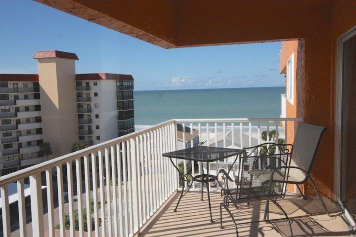 Private Patio with Seating for 2 with Amazing View of The Gulf of Mexico - 602 San Remo - Redington Shores - rentals