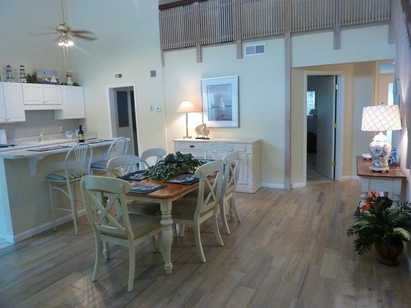 7,Seapines,5/min wlk good beaches,bikes,,wifi, - Image 1 - Hilton Head - rentals
