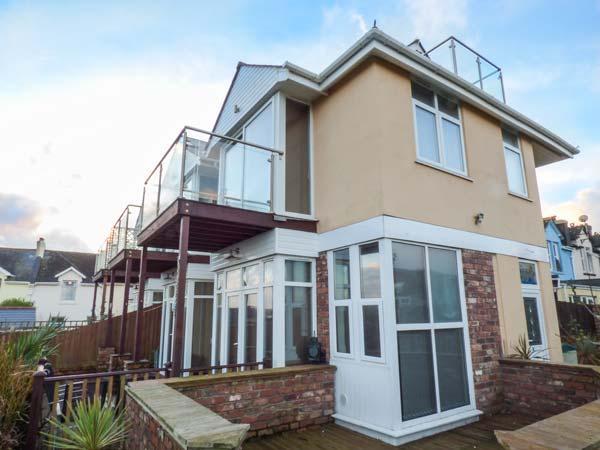 SEA VISTA en-suite, sea views, balconies, WiFi, pet friendly in Paignton ref 931131 - Image 1 - Paignton - rentals
