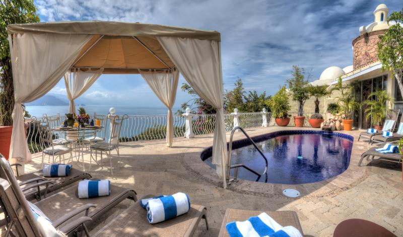 Ideal for Couples & Families, Heated Pool & Jacuzzi, Full Staff incl. Cook & Butler - Image 1 - Puerto Vallarta - rentals