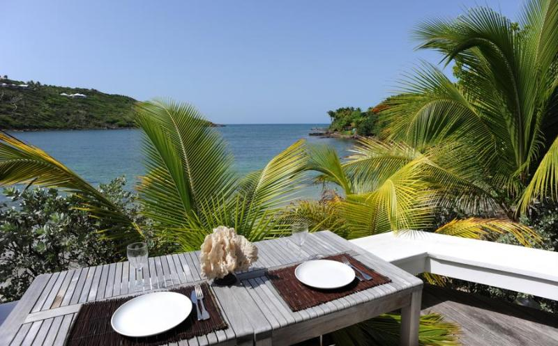 True Beachfront, Ideal for Couples, Jacuzzi, Short Drive to Restaurants & More. - Image 1 - Marigot - rentals