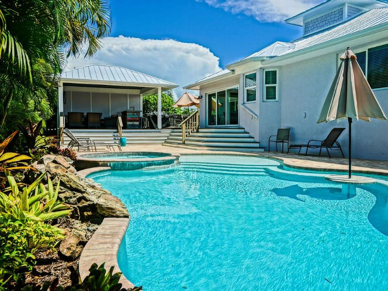 Brand New 4 Bed/3 Bath Kayaks Bikes Heated Pool - Image 1 - Holmes Beach - rentals