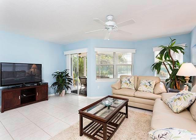 Gulf & Bay Club: Bayside, 2 Bedrooms, Ground Floor, 2 Pools, Gym, Sleeps 6 - Image 1 - Siesta Key - rentals