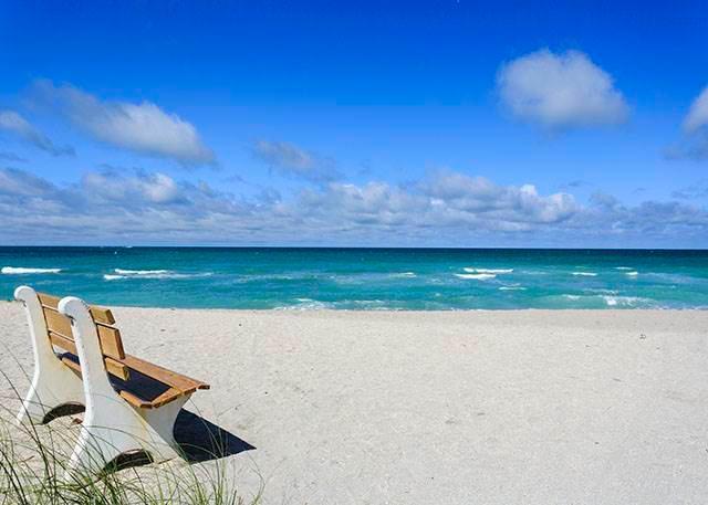Gulf Holidays 15, 1 Bedroom, 2nd Floor, Heated Pool, WiFi, Sleeps 4 - Image 1 - Sarasota - rentals