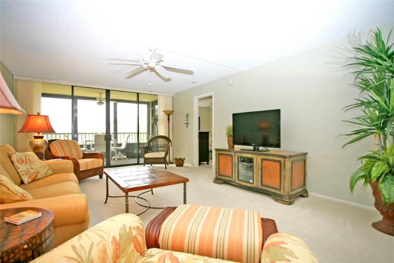 Gulf and Bay Club 204C, 2 Bedroom, Beach Front, 3 Pools, Gym, Spa, Sleeps 6 - Image 1 - Siesta Key - rentals