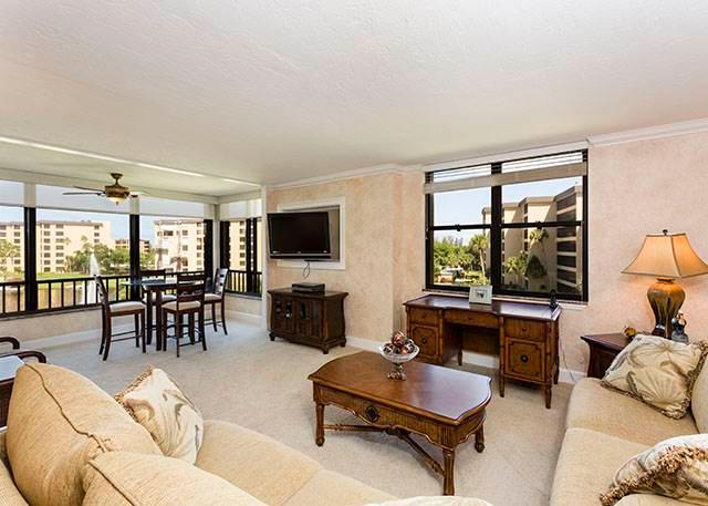 Gulf and Bay Club 409B, 2 Bedrooms, Beach Front, Heated Pools, Sleeps 4 - Image 1 - Siesta Key - rentals