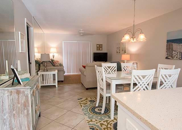 Palm Bay Club Bayside 328, 2 Bedrooms, Heated Pool, Tennis, Sleeps 4 - Image 1 - Sarasota - rentals
