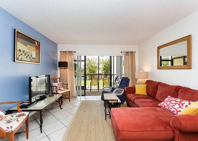 Siesta Dunes Beach 38A, 2 Bedrooms, Ground Floor, Heated Pool, Sleeps 6 - Image 1 - Siesta Key - rentals