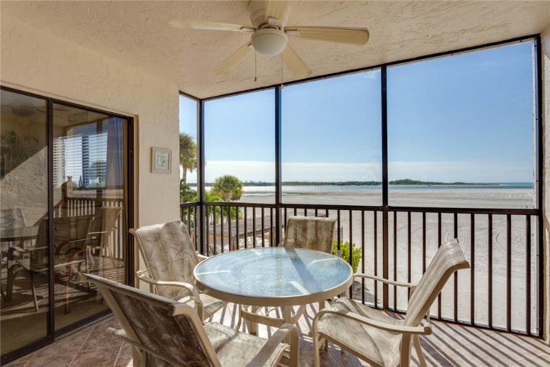 Carlos Pointe 124, 2 Bedrooms, Gulf Front, Elevator, Heated Pool, Sleeps 6 - Image 1 - Fort Myers Beach - rentals