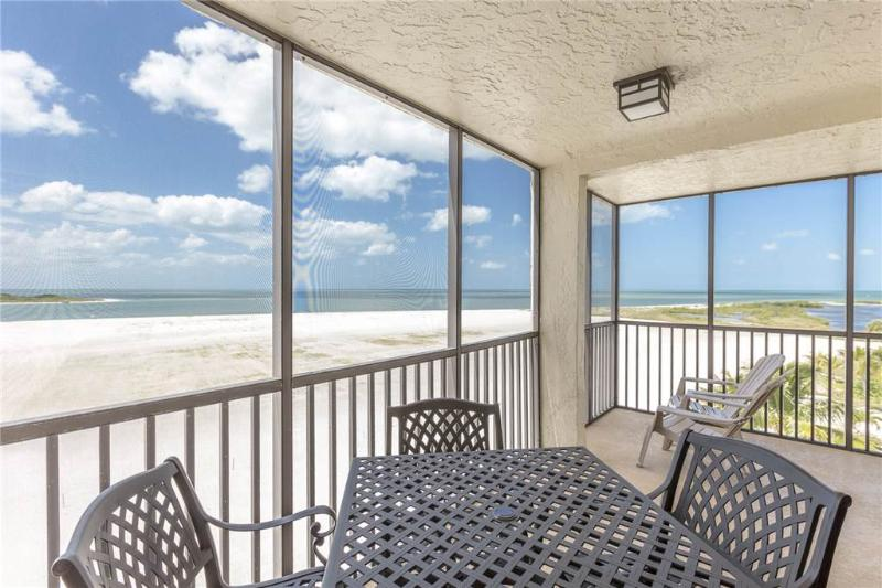 Carlos Pointe 536, 2 Bedrooms, Gulf Front, Elevator, Heated Pool, Sleeps 6 - Image 1 - Fort Myers Beach - rentals