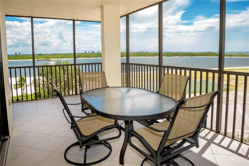 Carlos Pointe 611, 2 Bedrooms, Gulf Front, Elevator, Heated Pool, Sleeps 6 - Image 1 - Fort Myers Beach - rentals