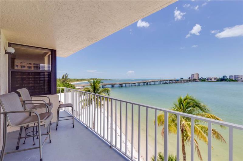 Lovers Key Beach Club 303, 1 Bedroom,  Beach Front, Heated Pool, Sleeps 4 - Image 1 - Fort Myers Beach - rentals