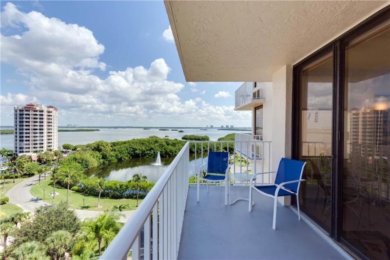 Lovers Key Beach Club 905, 1 Bedroom, Beach Front, Heated Pool, Sleeps 4 - Image 1 - Fort Myers Beach - rentals