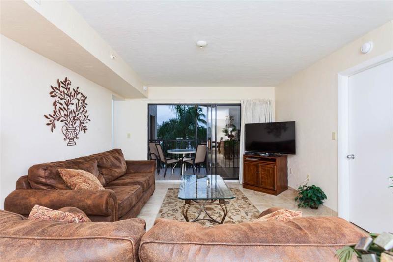 Santa Maria 208, 2 Bedrooms, Heated Pool, Hot Tub, Sleeps 6 - Image 1 - Fort Myers Beach - rentals