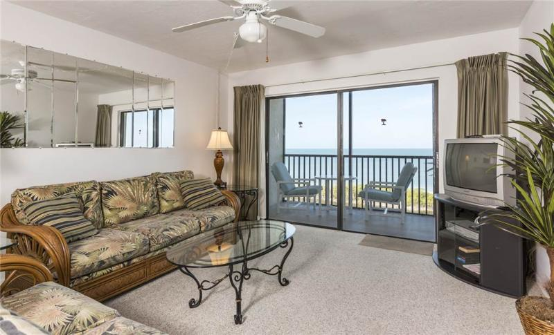 Terra Mar 1004, 2 Bedroom, Gulf Front, Elevator, Heated Pool, Sleeps 4 - Image 1 - Fort Myers Beach - rentals