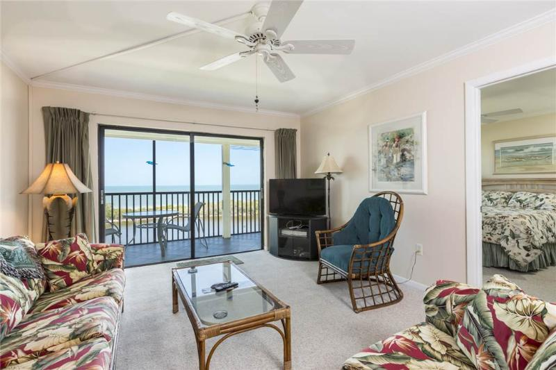 Terra Mar 604, 2 Bedroom, Gulf Front, Elevator, Heated Pool, Sleeps 6 - Image 1 - Fort Myers Beach - rentals