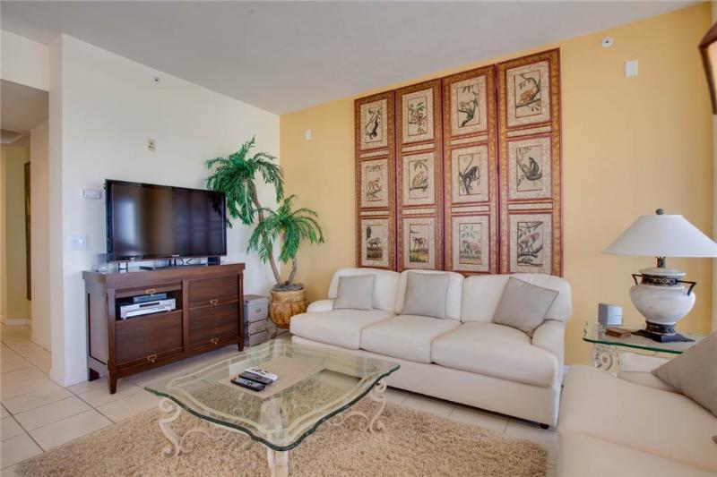 Palm Harbor 504W, 3 Bedrooms, Elevator, Pool, Hot Tub, WiFi, Sleeps 6 - Image 1 - Fort Myers Beach - rentals