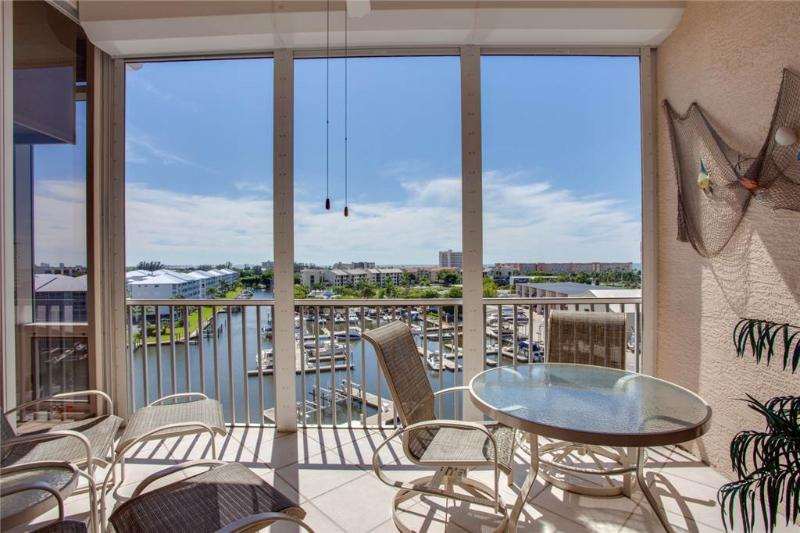 Palm Harbor 702W, 2 Bedroom, 7th Floor, Elevator, Pool, Spa, WiFi Sleeps 6 - Image 1 - Fort Myers Beach - rentals