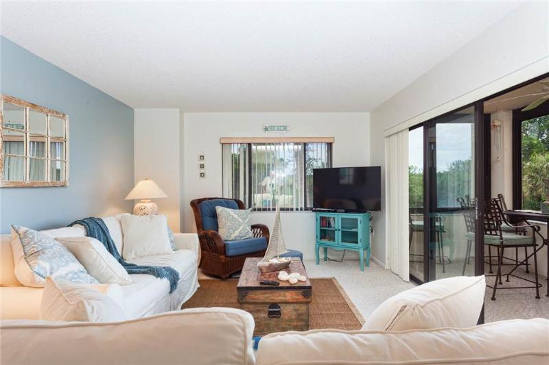 Sandarac A211, 2 Bedrooms, Gulf Front, Elevator, Heated Pool. Sleeps 4 - Image 1 - Fort Myers Beach - rentals