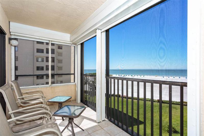 Sandarac B611, 2 Bedrooms, Gulf Front, Elevator, Heated Pool, Sleeps 6 - Image 1 - Fort Myers Beach - rentals