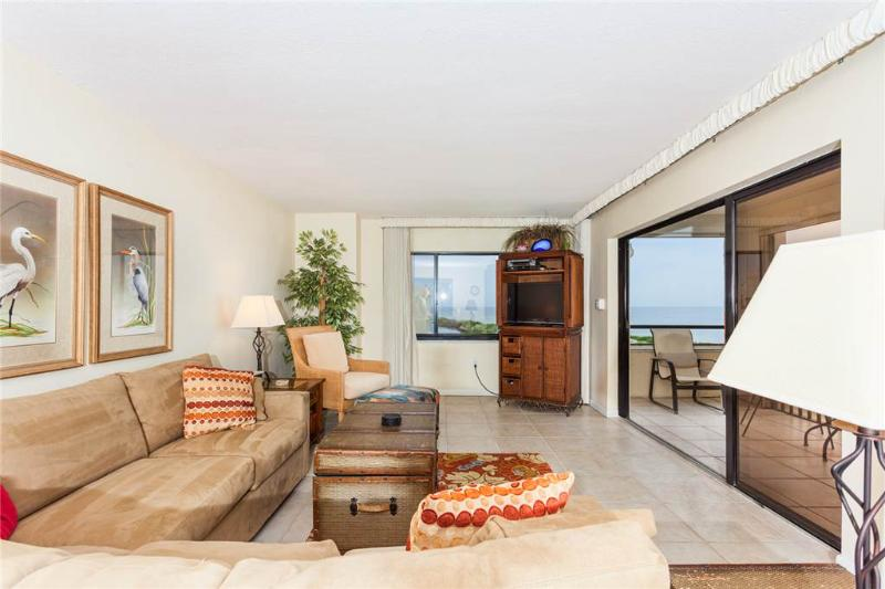 Sandarac B909, 2 Bedrooms, Gulf Front, Elevator, Heated Pool, Sleeps 6 - Image 1 - Fort Myers Beach - rentals