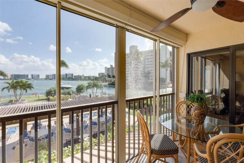 Windward Point 103, 2 Bedrooms, 2nd Floor, Elevator, Heated Pool, Sleeps 4 - Image 1 - Fort Myers Beach - rentals