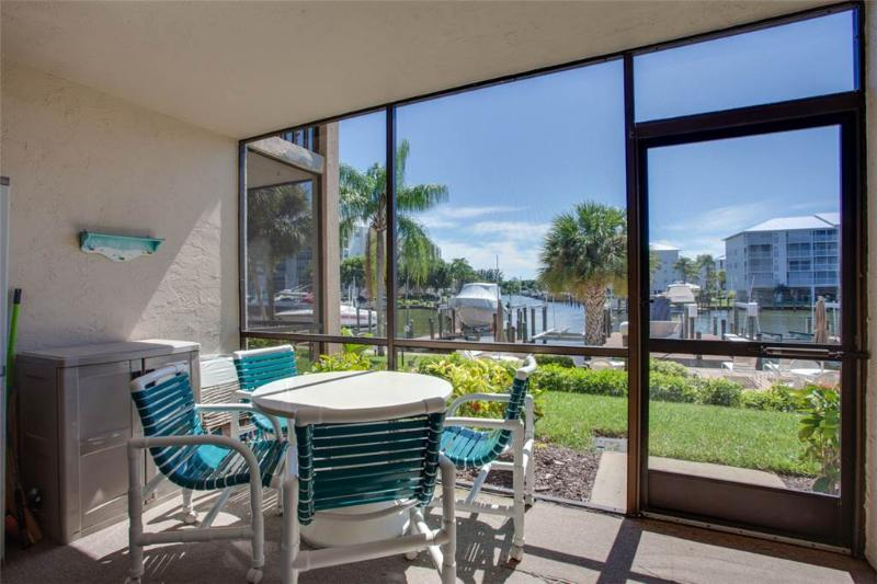 Estero Yacht & Racquet 218, 1 Bedroom, Canal View, Heated Pool, Sleeps 4 - Image 1 - Fort Myers Beach - rentals