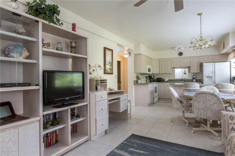 Lazy Way 385 Ground, 2 Bedrooms, Ground Floor, WiFi, Sleeps 4 - Image 1 - Fort Myers Beach - rentals
