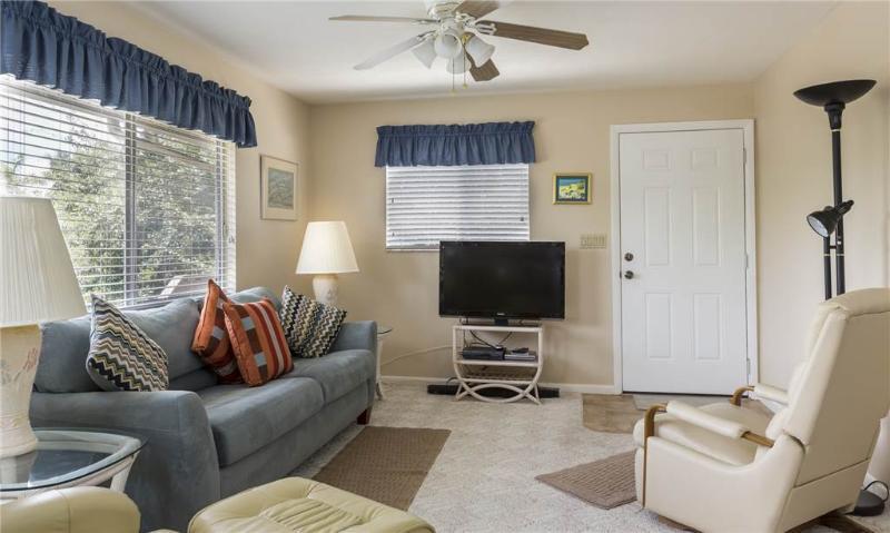 Lazy Way 385 Upper, 2 Bedrooms, WiFi, Sleeps 4 - Image 1 - Fort Myers Beach - rentals