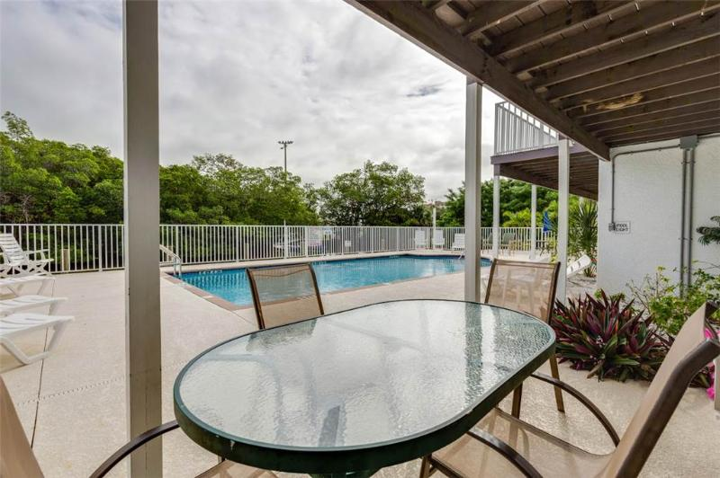 Tropical Shores 3, Ground Floor, 2 Bedrooms, Heated Pool - Image 1 - Fort Myers Beach - rentals