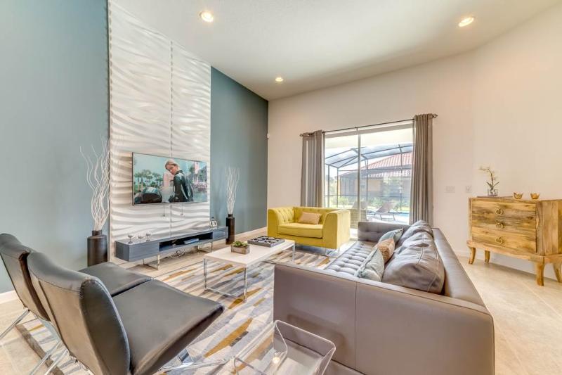 Solterra Pool Home, 5 Bedrooms, Private Pool, WiFi, Sleeps 12 - Image 1 - Davenport - rentals