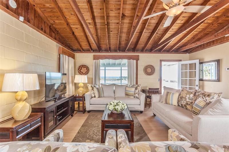 Seashell, 3 Bedrooms, Direct Ocean Front, WiFi, Sleeps 6 - Image 1 - Ponte Vedra Beach - rentals