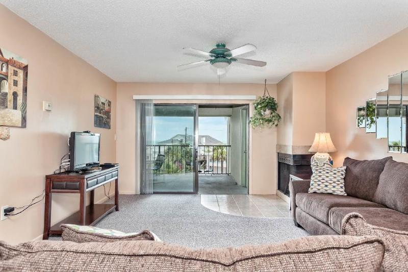 Island South 31, 2 Bedrooms, Ocean View, Pool, WiFi, Sleeps 6 - Image 1 - Saint Augustine - rentals