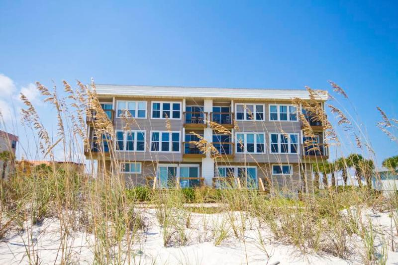 Surfside Six E, 2 Bedrooms, Ocean Front, Wireless Internet, Sleeps 6 - Image 1 - Saint Augustine - rentals