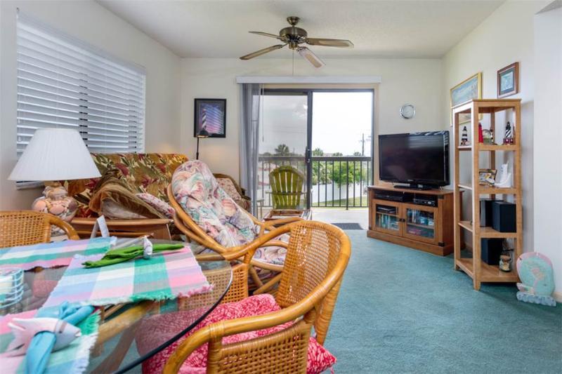 Ocean Village Club M31, 1 Bedroom, Heated Pool, Pet Friendly, Sleeps 4 - Image 1 - Saint Augustine - rentals