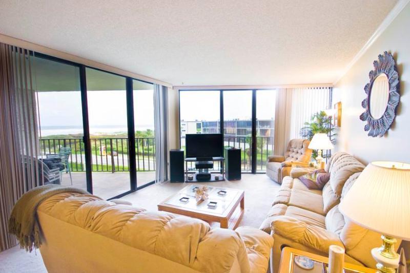 Anastasia 404, 2 Bedrooms, Ocean View, Heated Pool, Tennis, Sleeps 4 - Image 1 - Saint Augustine Beach - rentals