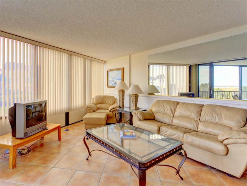 Captains Quarters 105, 2 Bedroom, Ocean View, 2 Elevators, Pool, Sleeps 6 - Image 1 - Saint Augustine - rentals