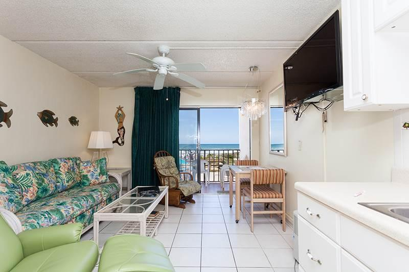 Beachers Lodge 206, Beach Front, Queen Sized Suite, Pet Friendly - Image 1 - Saint Augustine - rentals