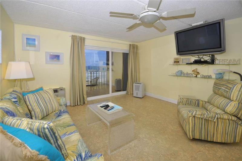 Beacher's Lodge 425, 1 Bedroom, Beach Front, Pool, Elevator, Sleeps 4 - Image 1 - Saint Augustine - rentals