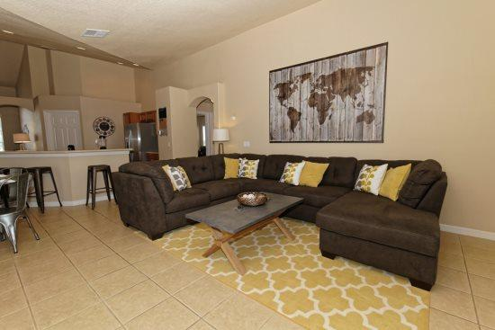 Luxury 4 Bedroom 3 Bathroom Pool Home in Orange Tree. 15830RHL - Image 1 - Kissimmee - rentals
