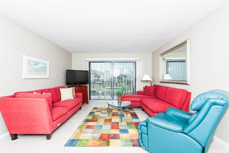 Summerhouse 115, 2 Bedrooms, Ocean View, 4 Heated Pools, WiFi, Sleeps 4 - Image 1 - Saint Augustine - rentals