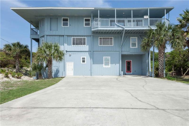Crescent Castle, 6 Bedrooms, Ocean Front, Private Pool, Sleeps 16 - Image 1 - Saint Augustine - rentals