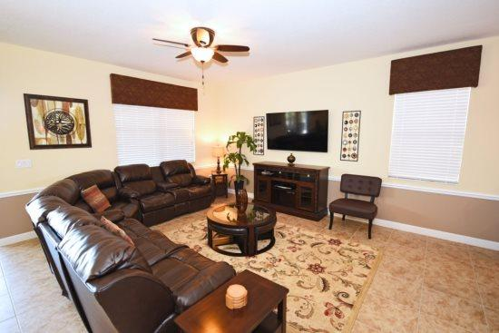 8 Bedroom Pool Home In Upscale Golf Resort. 1490MVD - Image 1 - Kissimmee - rentals