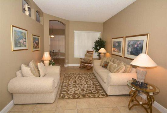 Exclusive 5 Bedroom 4 Bathroom Pool Home in Hampton Lakes. 100HBC - Image 1 - Kissimmee - rentals