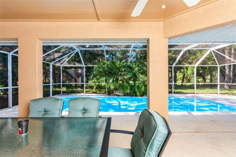Wood Haven, 3 Bedrooms, Private Pool, WiFi, Sleeps 8 - Image 1 - Palm Coast - rentals